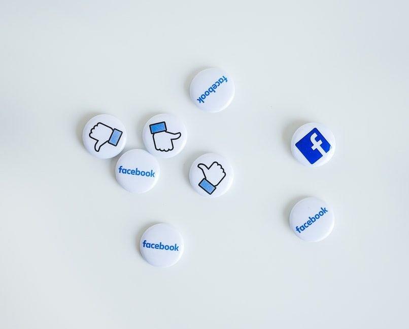 Facebook Campus: il nuovo social per universitari