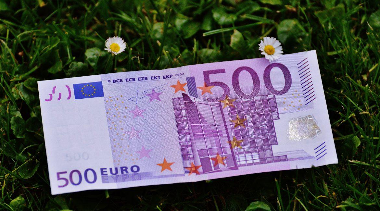 Bonus universitario di 500€ per gli studenti siciliani fuorisede che studiano in Sicilia.